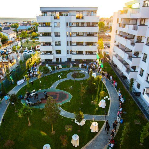 Deschiderea complexului Atrium Garden
